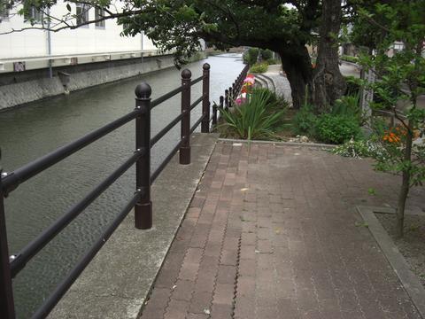 米子町の堀川